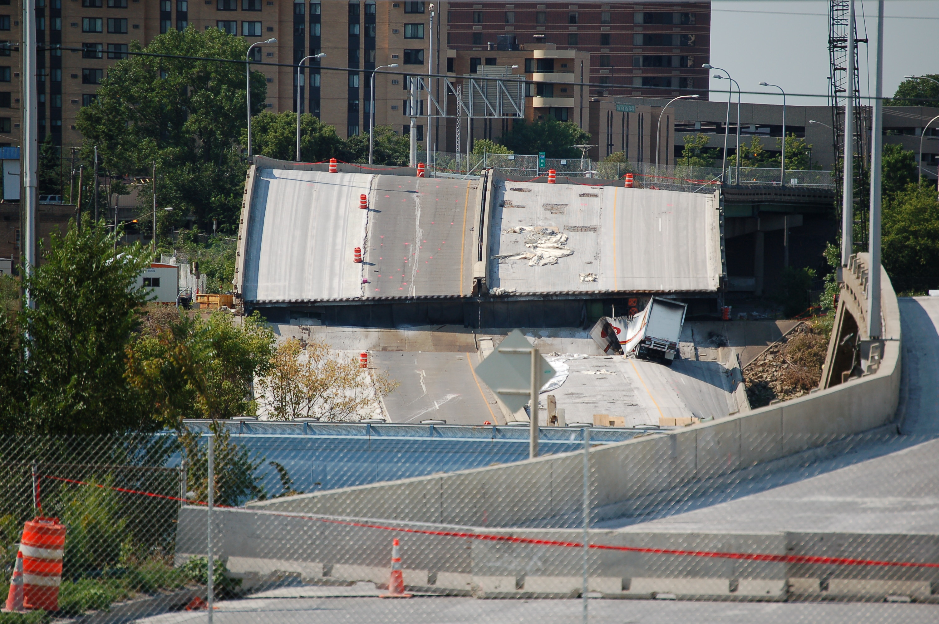 Photo of the I-35 bridge collapse in MInneapolis taken by Sen. Branan.